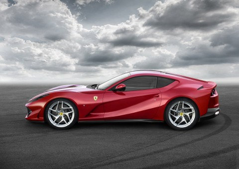 2018 Ferrari 812 Superfast, is Superbad
